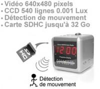 Radio réveil caméra 540 lignes 0.001 lux avec enregistrement audio video sur carte SDHC