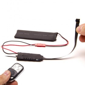 Micro caméra HD 1080P angle 90° avec télécommande à intégrer avec carte 32Go