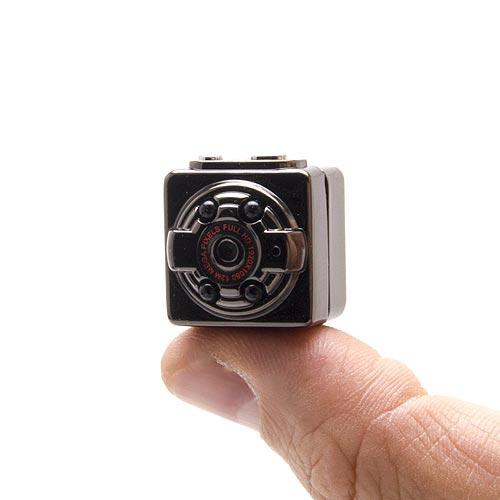 http://blog.secutec.fr/media/catalog/product/m/i/minicam-1080p-pin_00_1_1.jpg